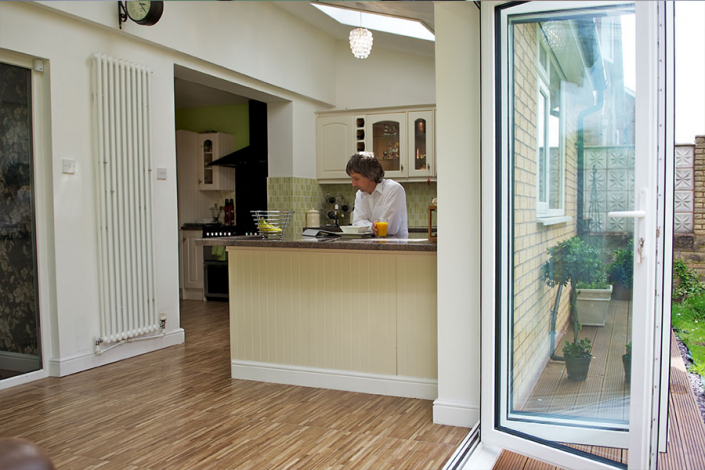 bi-folding-doors4-1000x430 Aluminium Bi folding Doors Burley-in-Wharfedale | Fitters • Installers • Manufacturers
