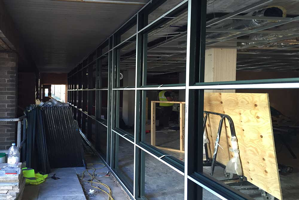 Emergency glass replacement in Selby